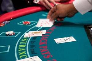 Blackjack incrementa apostantes y ganancias